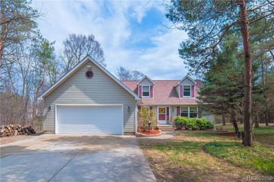 700 Knibbe Rd, Lake Orion, MI 48362 - MLS#: 21440765