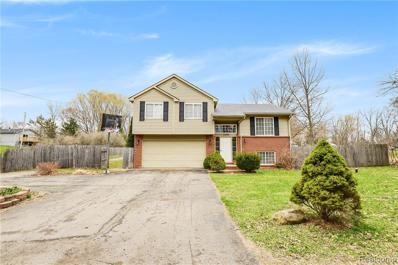 1249 Rossfield Dr, White Lake, MI 48386 - MLS#: 21443415