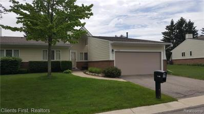 35045 Hillside Dr, Farmington Hills, MI 48335 - MLS#: 21445366