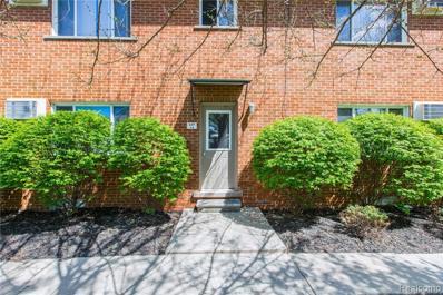 649 W Maple Rd UNIT 8, Clawson, MI 48017 - MLS#: 21445760