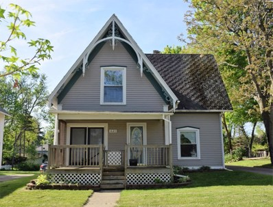 421 W Middle St, Chelsea, MI 48118 - MLS#: 21453590