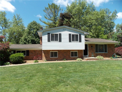 2478 Hiller Rd, West Bloomfield, MI 48324 - MLS#: 21456833