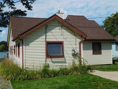 1142 Clearwater Blvd, White Lake, MI 48386 - MLS#: 21461870