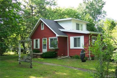5610 Croswell Rd, Waterford, MI 48327 - MLS#: 21476545