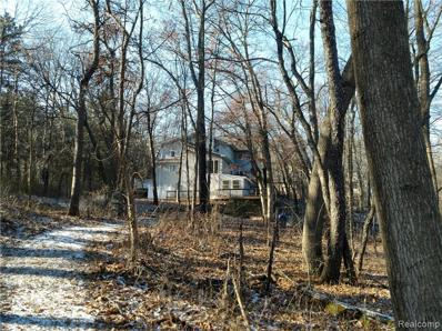 1436 W Clarkston Rd, Lake Orion, MI 48362 - MLS#: 21485224