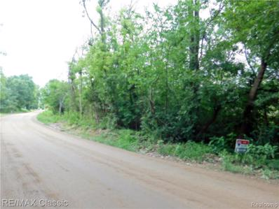 E Maple Rd Rd, Milford, MI 48380 - MLS#: 21488366