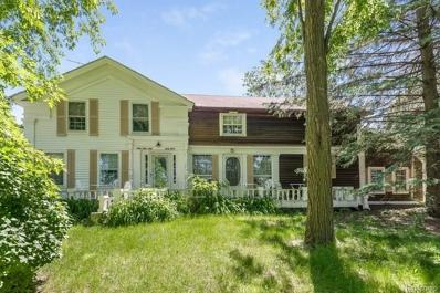 11100 Buckhorn Lake Rd, Holly, MI 48442 - MLS#: 21500945