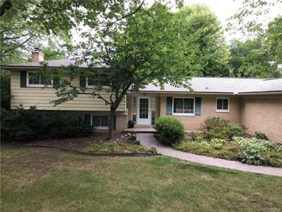 723 Fox River Dr, Bloomfield Hills, MI 48304 - MLS#: 21501817
