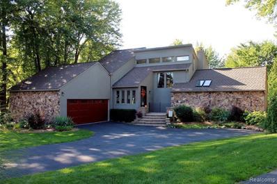 4522 Rolling Pine Crt, West Bloomfield, MI 48323 - MLS#: 21504911