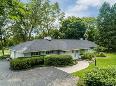 2840 W Hickory Grove Rd, Bloomfield Hills, MI 48302 - MLS#: 21505551