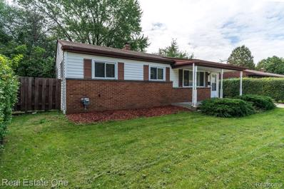 33615 Newport Dr, Sterling Heights, MI 48310 - MLS#: 21515647