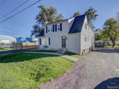 1490 Wells St, Burton, MI 48529 - MLS#: 21520604