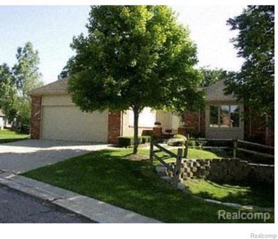 37098 Sandalwood UNIT Unit#14>, Farmington Hills, MI 48331 - MLS#: 21525591