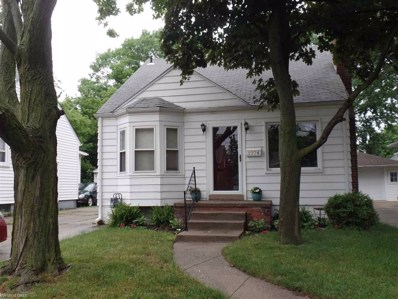 1974 Hampton, Grosse Pointe Woods, MI 48236 - MLS#: 31352123