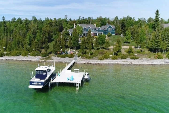 07575 Indian Trails, Charlevoix