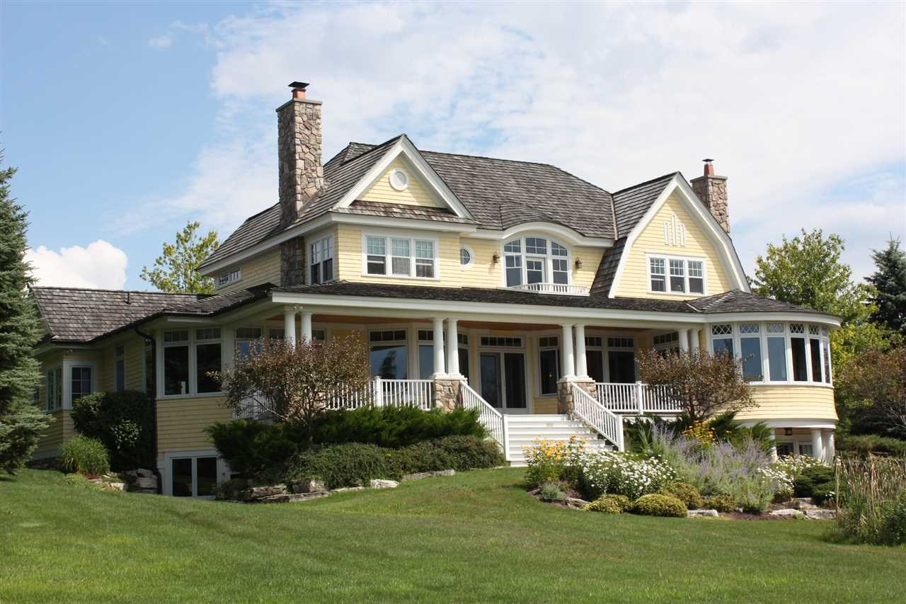 07575 Oyster Bay Drive, Charlevoix