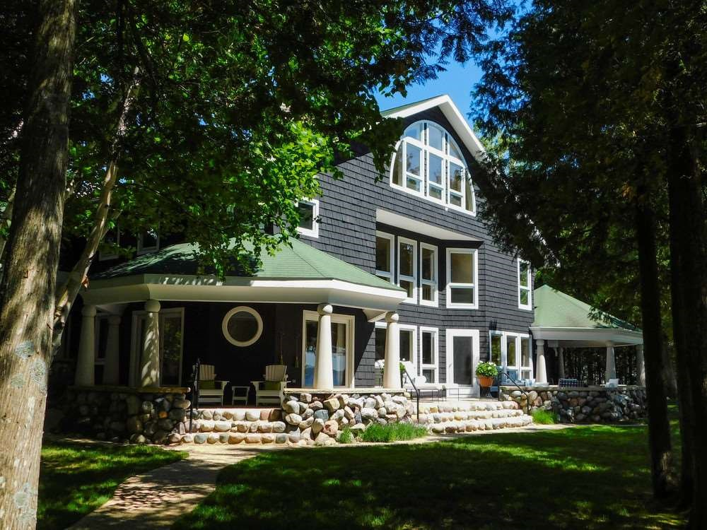 6970 & 6942 Windemere Drive, Harbor Springs
