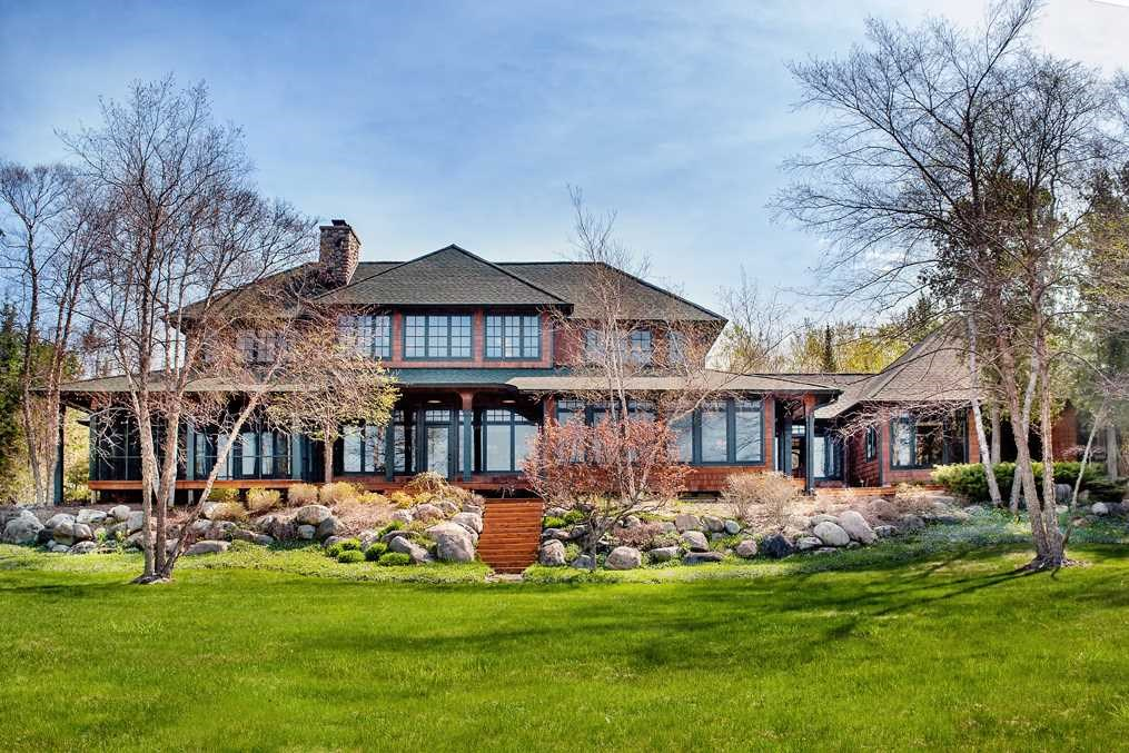 10272 Angler's Cove, Charlevoix