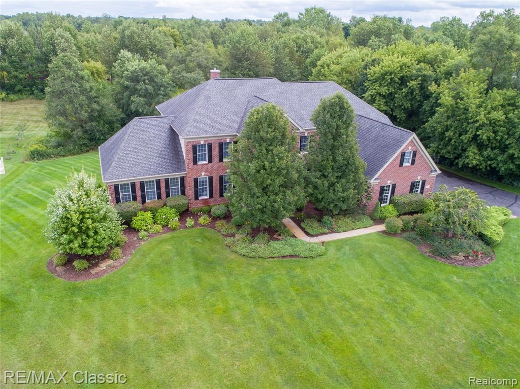 3562  ROLLING HILLS Court,