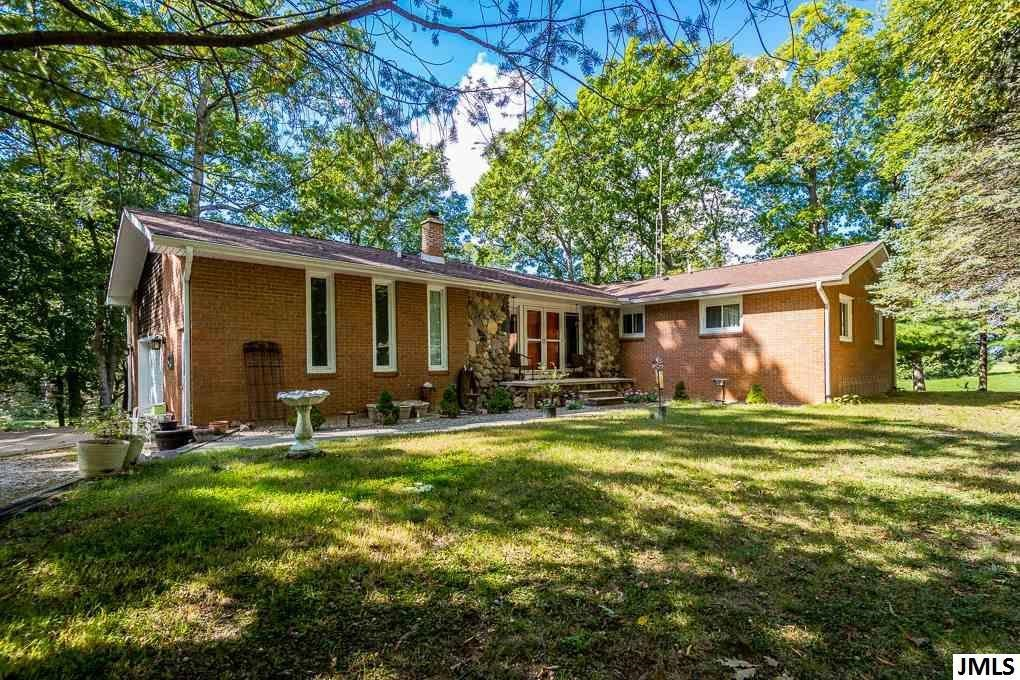 7575  FOREST HILL,