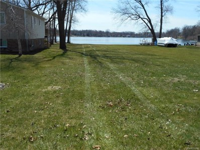 McCormick St (Lake View Sub) Street S, Waterford Twp, MI 48329 - MLS#: 218030800