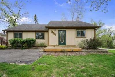 4015 Green Lake, West Bloomfield TWP, MI 48324 - MLS#: 218040569