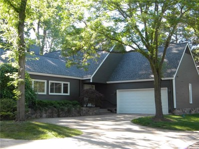 7460 Pinehurst Circle, Bloomfield Twp, MI 48301 - MLS#: 218052448