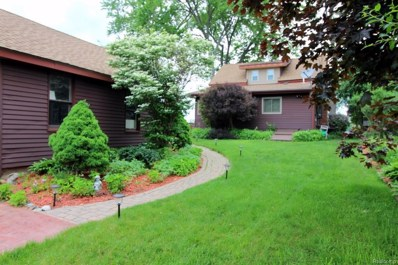6824 Brightwood Court, Waterford Twp, MI 48327 - MLS#: 218056026