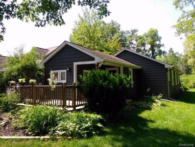 4066 Green Lake Road, West Bloomfield Twp, MI 48324 - MLS#: 218060112