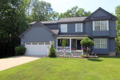 673 Woodcreek Drive, Waterford Twp, MI 48327 - MLS#: 218071140