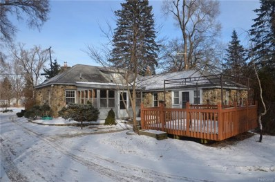 9301 Cedar Island Road, White Lake Twp, MI 48386 - MLS#: 218074725