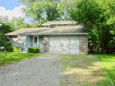 1145 Union Lake Road, White Lake Twp, MI 48386 - MLS#: 218075137