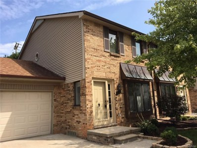 310 Pineview Court UNIT 19, St. Clair Shores, MI 48081 - MLS#: 218078015
