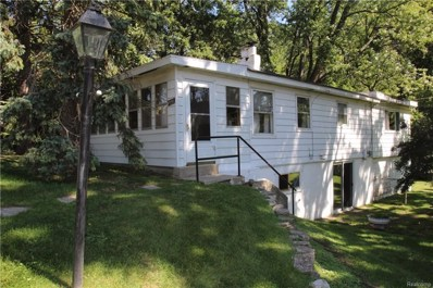 200 Hillcroft Drive, Walled Lake, MI 48390 - MLS#: 218086195