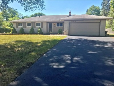 32501 W Thirteen Mile, Farmington Hills, MI 48334 - MLS#: 218092799