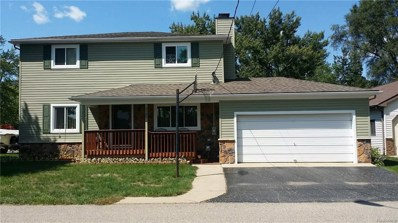 2585 Desmond, Waterford Twp, MI 48329 - MLS#: 218096238