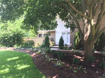 30123 Fox Grove Road, Farmington Hills, MI 48334 - MLS#: 218103623
