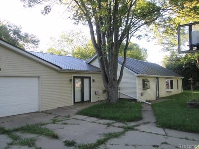 1163 S Packard Avenue, Burton, MI 48509 - MLS#: 218105581