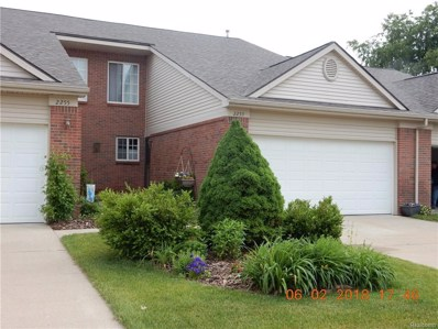 2259 Crystal Crossing Drive UNIT 10, Howell, MI 48843 - #: 219011984