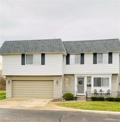 4504 15 Mile, Sterling Heights, MI 48310 - #: 219029410