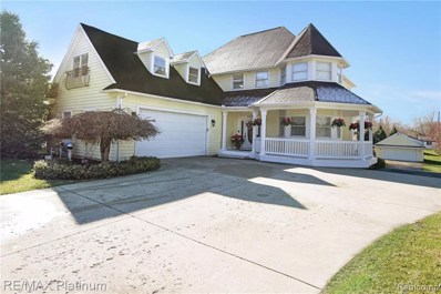 629 Brighton Lake Road, Brighton, MI 48116 - MLS#: 219033710