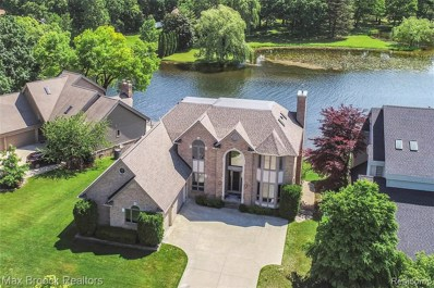 3654 Lakeshore Drive, Waterford Twp, MI 48329 - #: 219083223