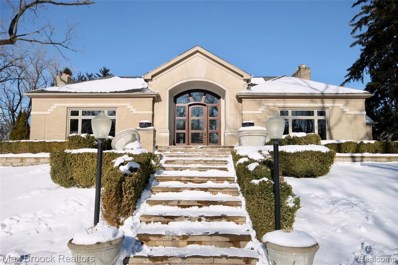 680 W Long Lake Road, Bloomfield Twp, MI 48302 - #: 219087774