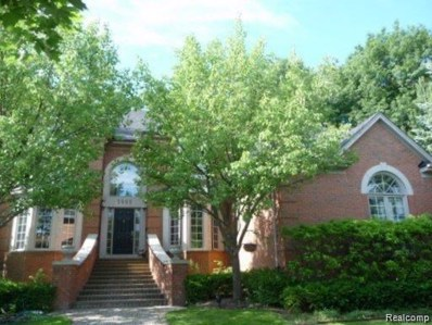 5999 Orchard Woods Drive, West Bloomfield Twp, MI 48324 - #: 219111825
