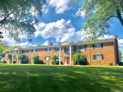 42536 Woodward Avenue UNIT C, Bloomfield Twp, MI 48304 - #: 219116537