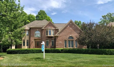 3369 Hidden Oaks Lane, West Bloomfield Twp, MI 48324 - #: 2200009739