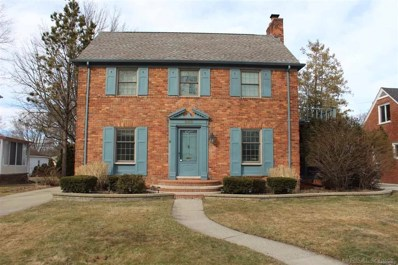 988 Roslyn Road, Grosse Pointe Woods, MI 48236 - MLS#: 58031343406