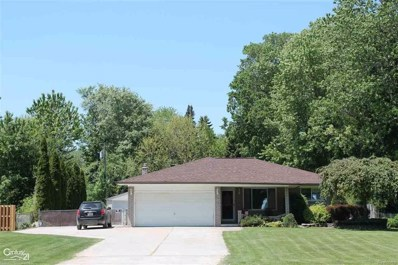 38909 Willowmere, Harrison Twp, MI 48045 - MLS#: 58031349922