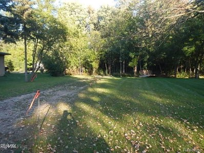 31610 Mc Namee, Fraser, MI 48026 - MLS#: 58031350395