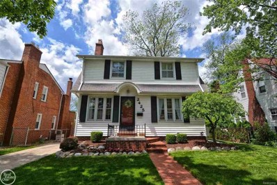 2425 Maplewood Ave, Royal Oak, MI 48073 - MLS#: 58031352057
